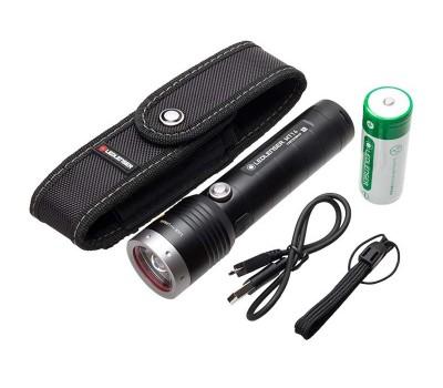 Linterna Led Lenser MT14 1000 Lumens Recargable